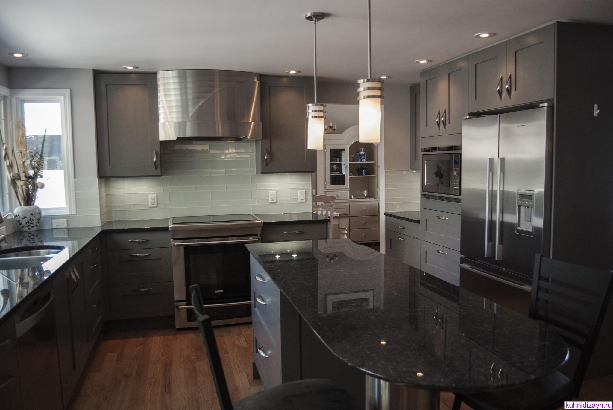 Дизайн кухни г образной формы 92